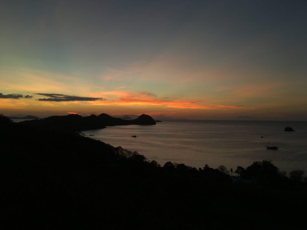Sunset komodo