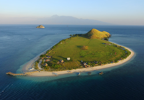 Kenawa Island Camping