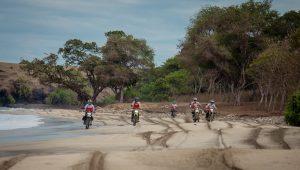 Guided dirt bike Tour Flores