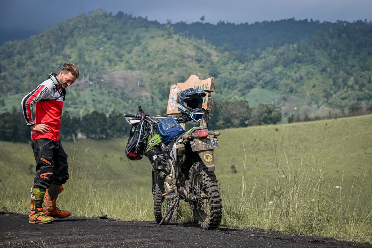 We take you on small trails through the Wurung Crater