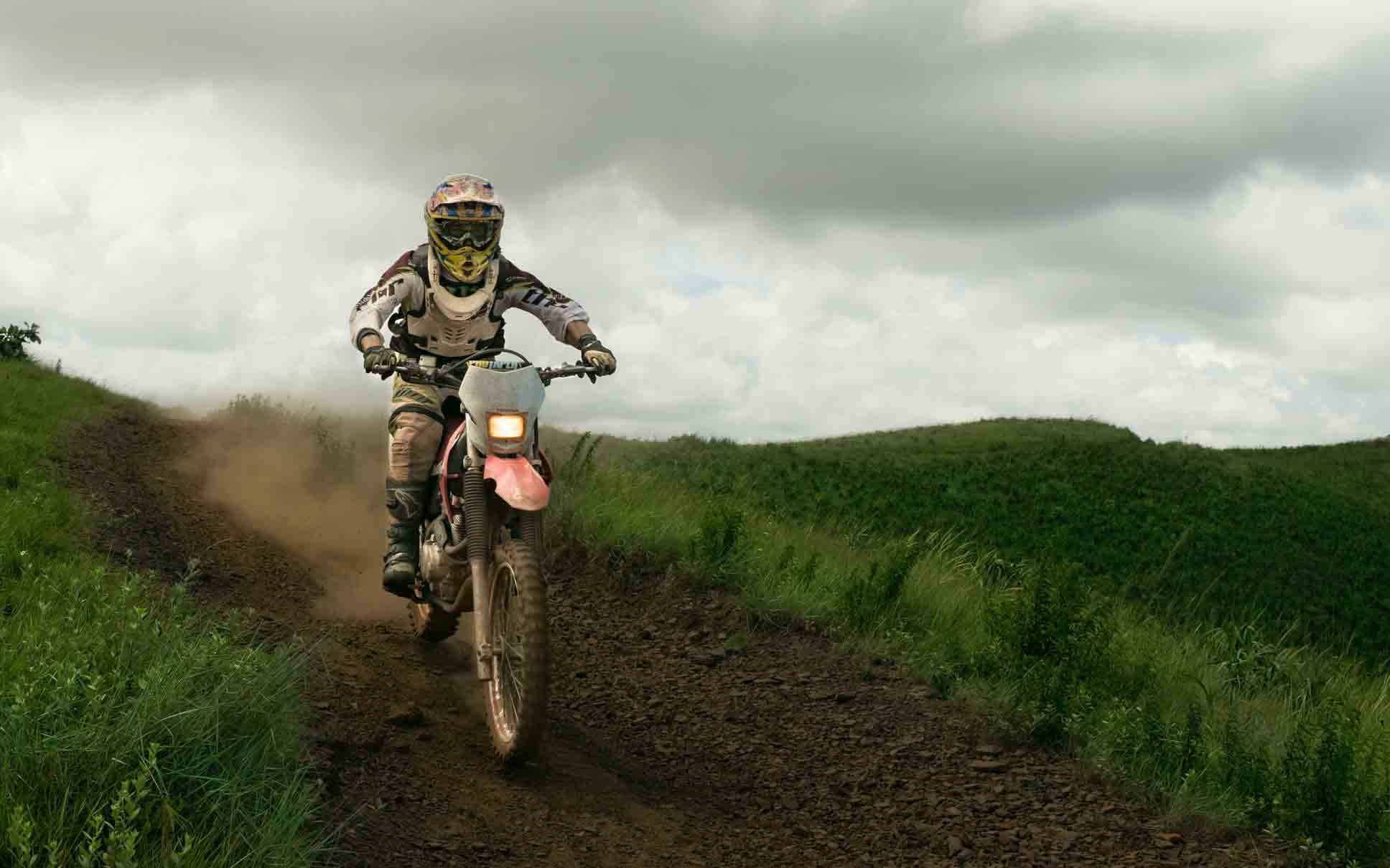 off-road-dirt-bike-tips-for-beginner