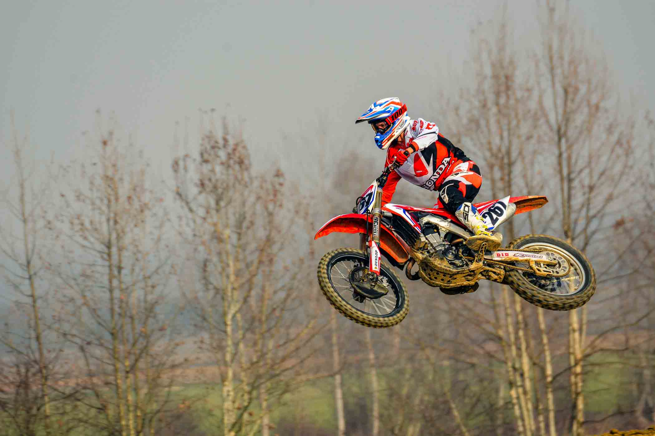 body positioning dirt bike